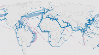 This map shows the construction of every submarine internet cable in ...