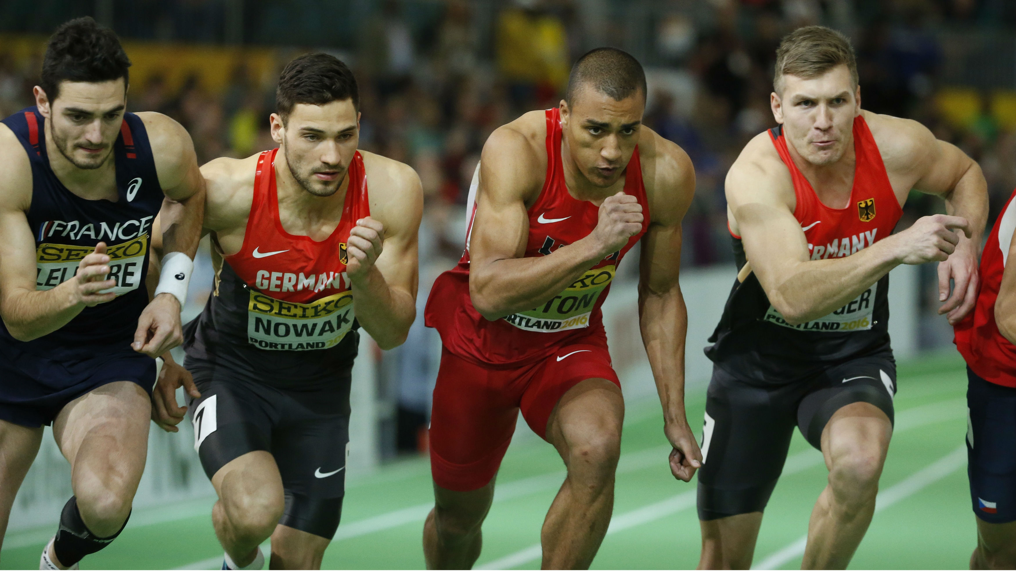 Gold medalist Ashton Eaton of the U.S. (2nd from R) starts the 1000 meters race portion of the men's heptathlon during the IAAF World Indoor Athletics Championships in Portland, Oregon March 19, 2016.
