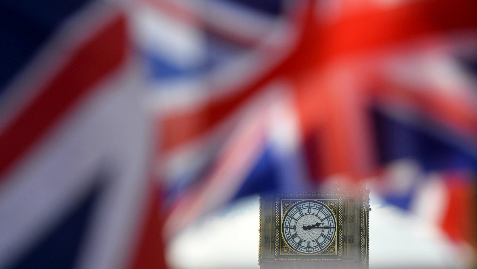 Britain-flag-imperialis-slaves