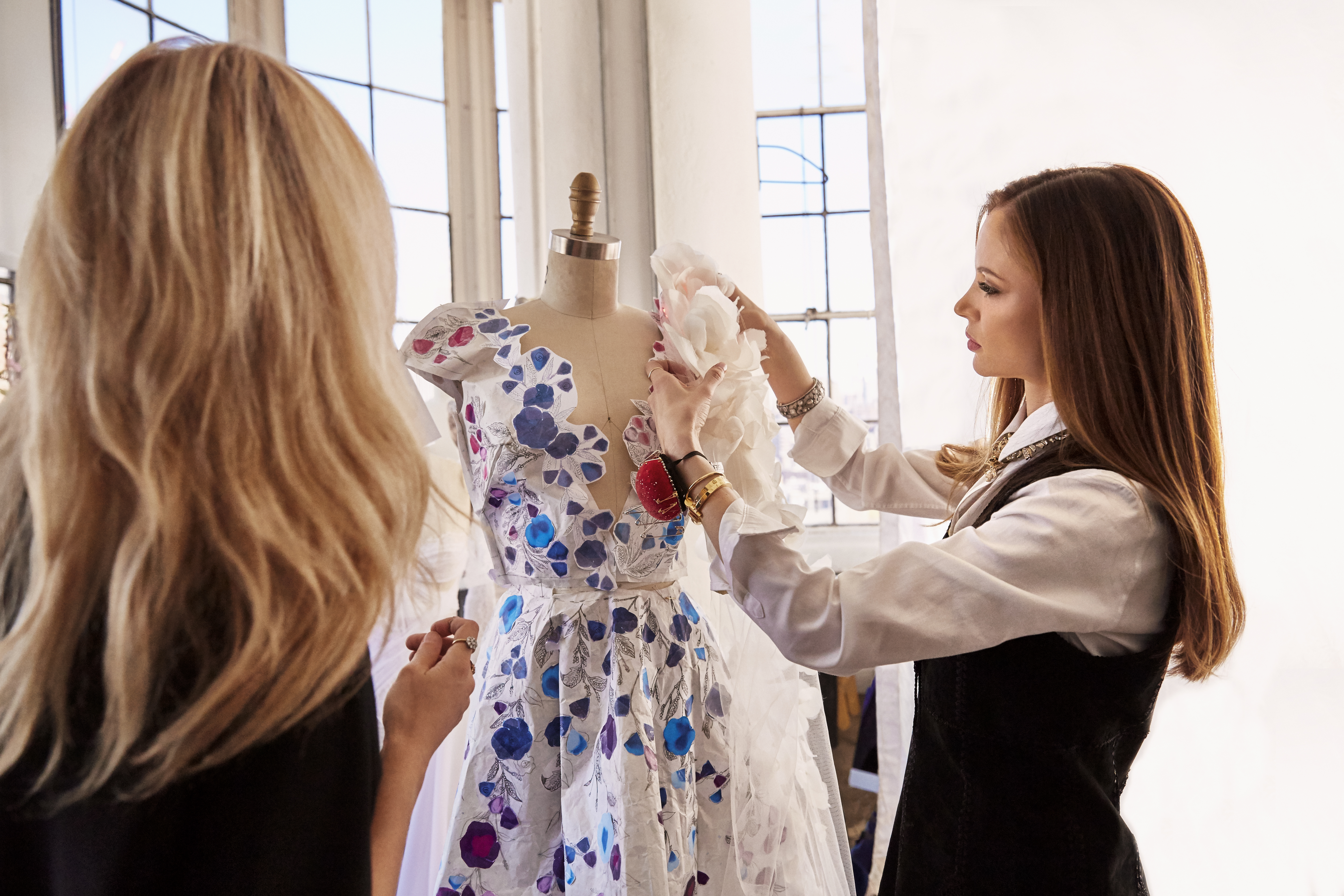 "The ""cognitive dress"" created by IBM Watson and Marchesa"