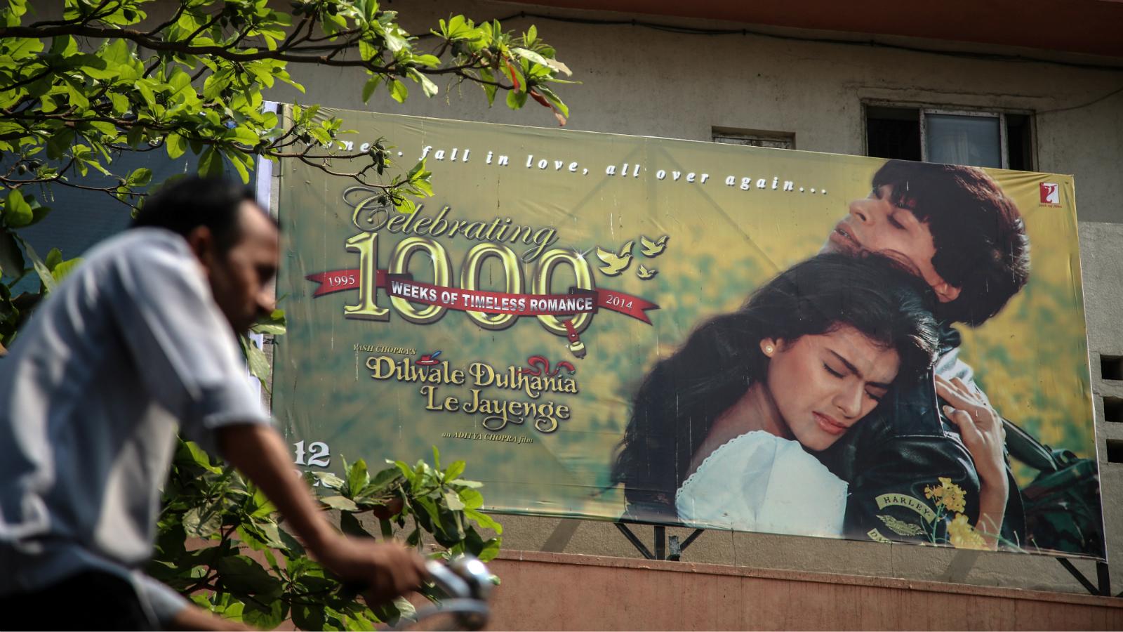 India-Cinema-Hindi-Bollywood-English