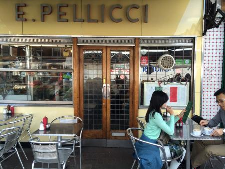 E.Pellicci on Bethnal Green Road