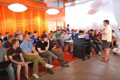 https://commons.wikimedia.org/wiki/Category:Y_Combinator#/media/File:Paul_Graham_talking_about_Prototype_Day_at_Y_Combinator_Summer_2009.jpg