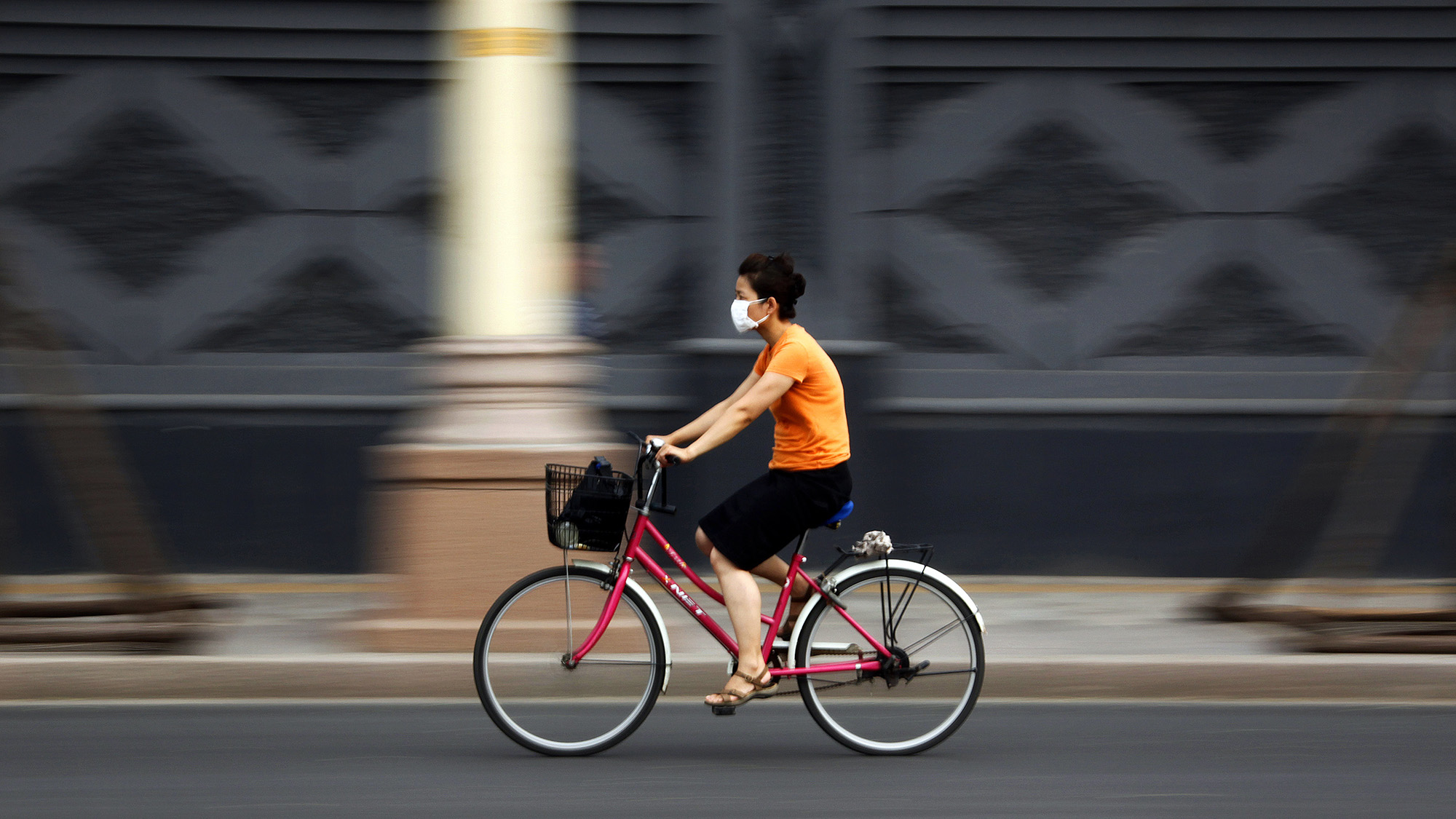 City rankings: How long can you cycle before the harm from
