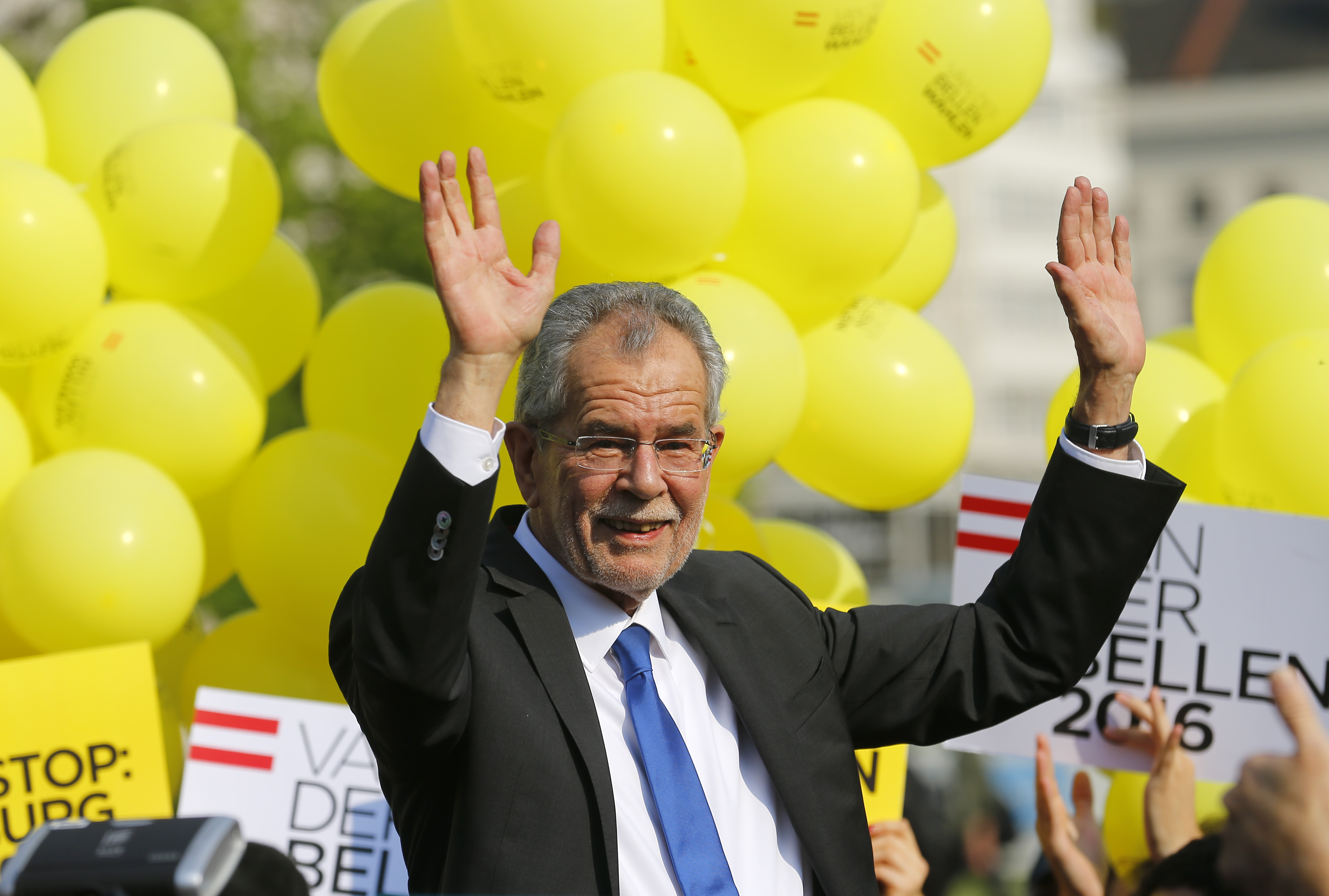 Presidential candidate Van der Bellen arrives for his final election rally ahead of Austrian presidential election in Vienna