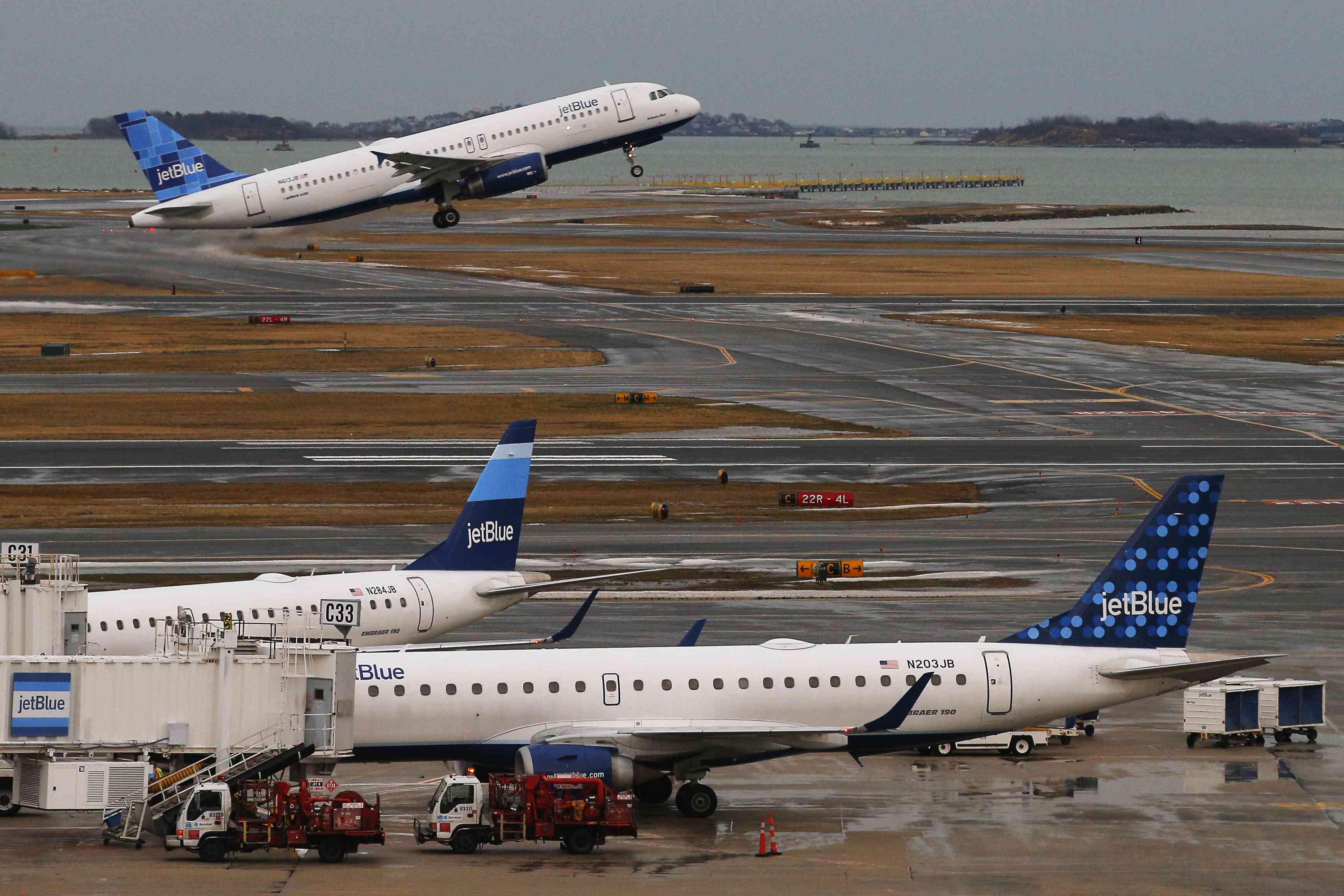 A jetBlue plane takes off
