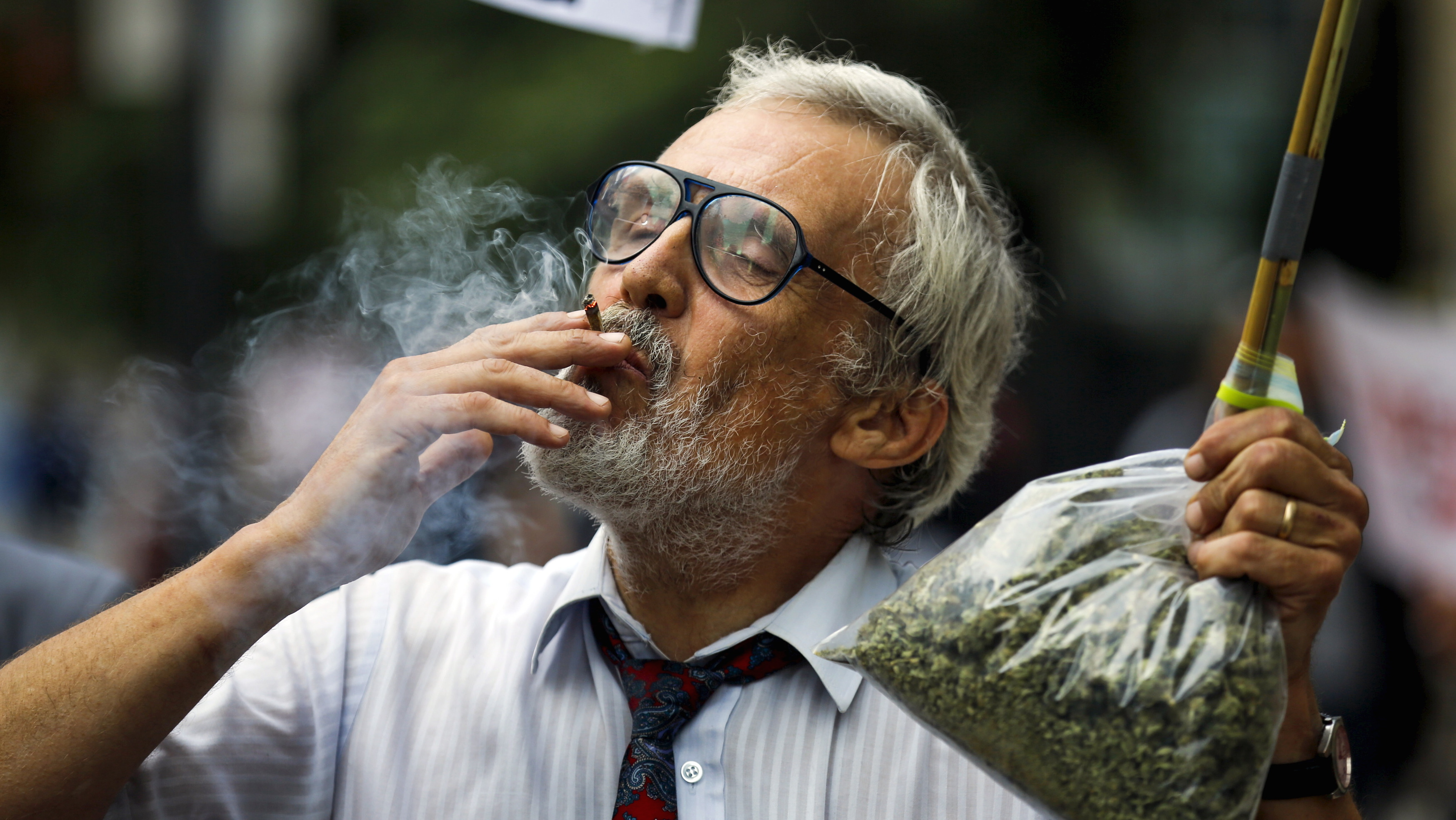Marijuana's potential health benefits are being obscured by the US government's ineptitude