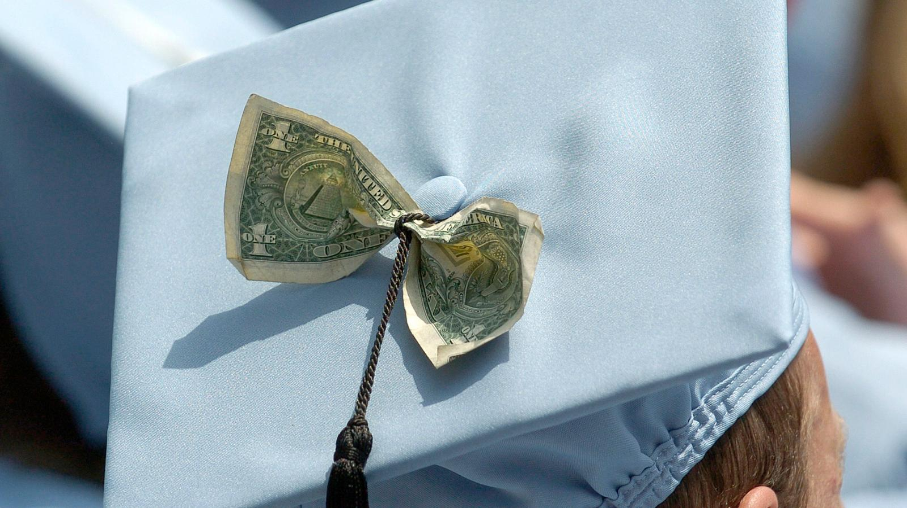 Millennials, please don't waste your money on graduate