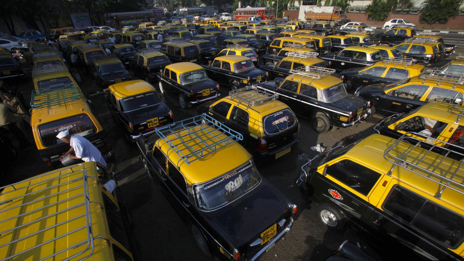 india-taxi-calls-ola-uber