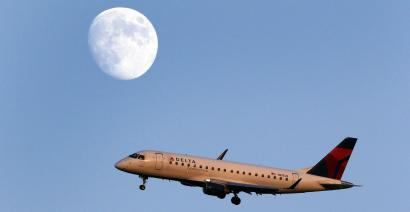 Delta Air Lines pledges to cut its environmental impact.