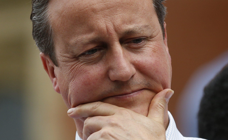 "Britain's Prime Minister David Cameron gestures as he speaks at a ""Britain Stronger in Europe"" rally at Birmingham University in Birmingham, Britain June 22, 2016."