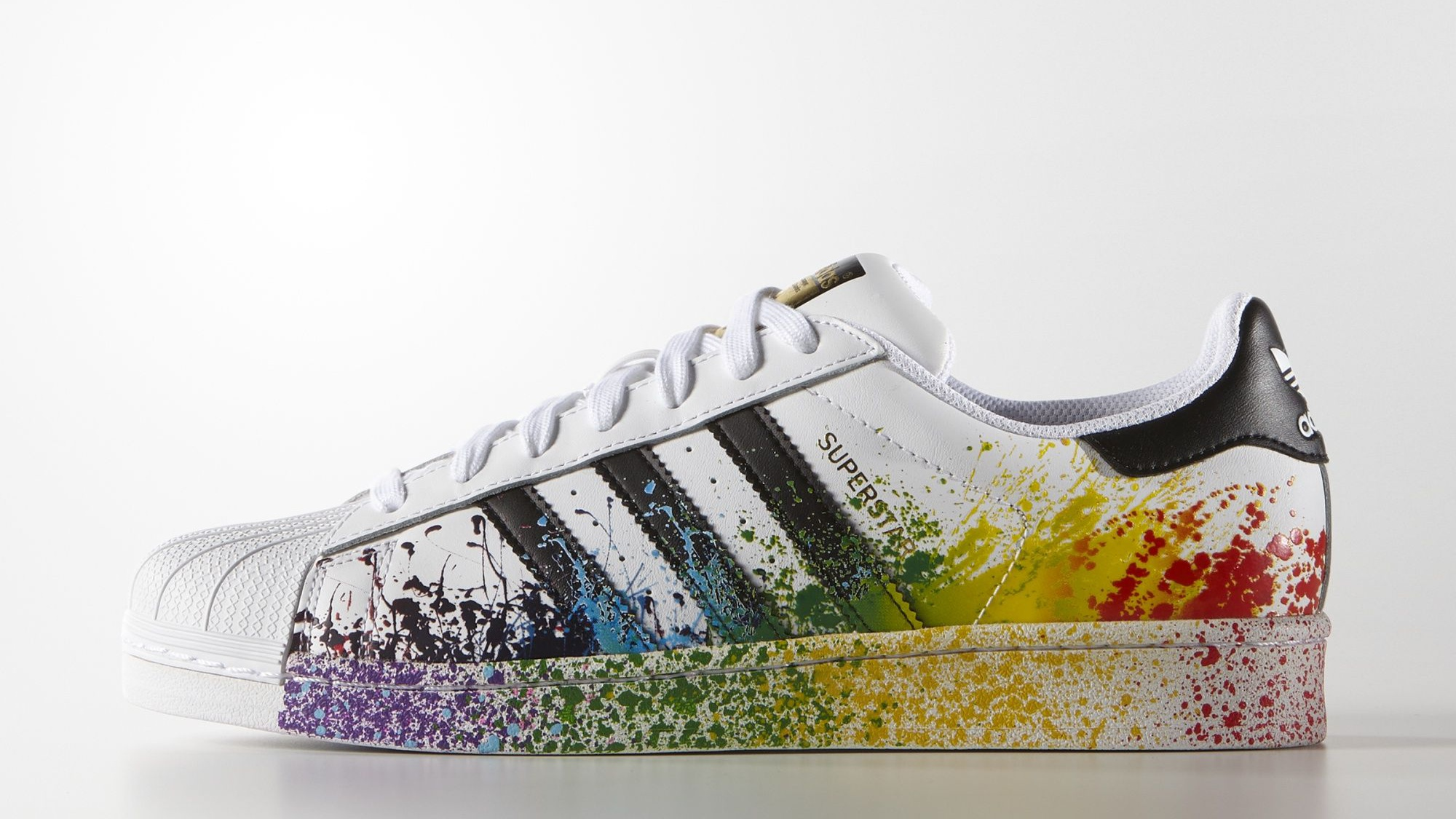 corrispondenza di colore colore attraente a buon mercato The spirited sneaker designs inspired by LGBT pride month — Quartz