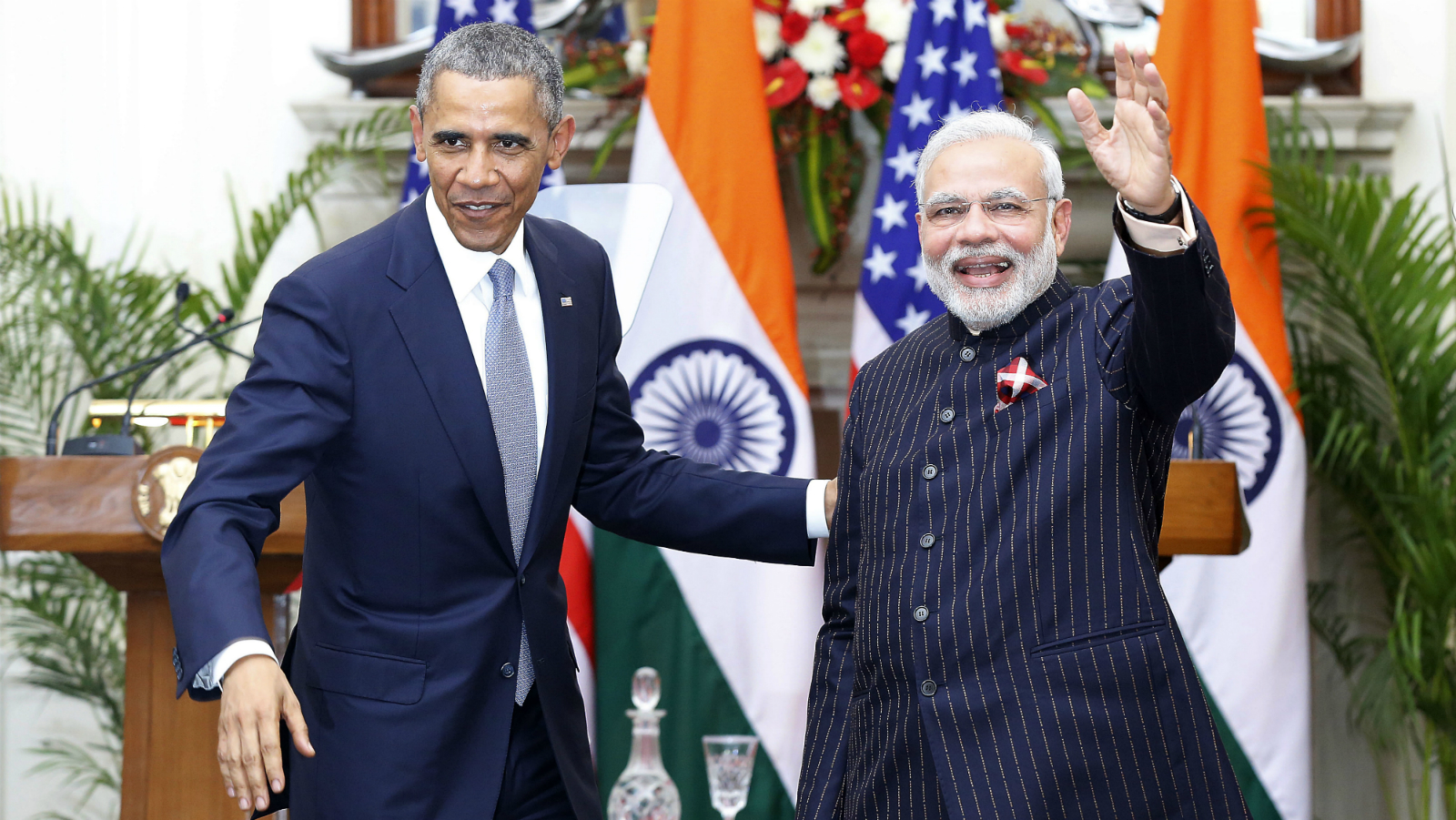 Indian prime minster Narendra Modi (R) and US President Barack Obama after a joint press conference at Hyderabad House in New Delhi, India on 25 January 2015. India and the United States announce a breakthrough in implementing a civil nuclear agreement that has been stalled for six years. The two points of contention are India's nuclear liability law, which has prevented US companies from doing business, and US insistence on tracking fissile material supplied to India.Modi and Obama also say their countries agreed to collaborate on advanced defence projects.