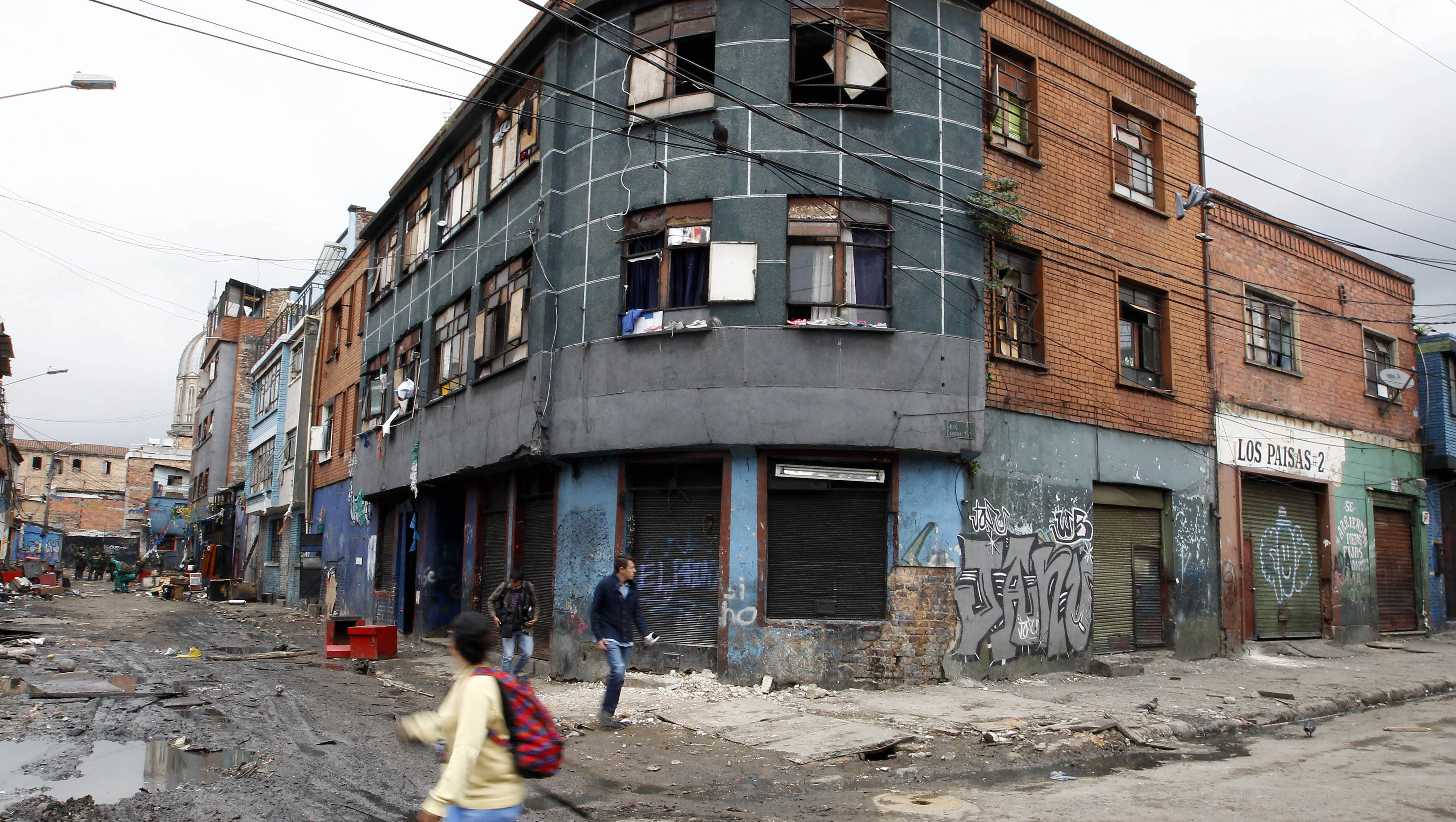 Colombian Police carry eviction operation in El Bronx sector in Bogota