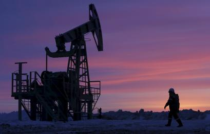 A worker at an oil field owned by Bashneft, Bashkortostan, Russia, in this January 28, 2015.