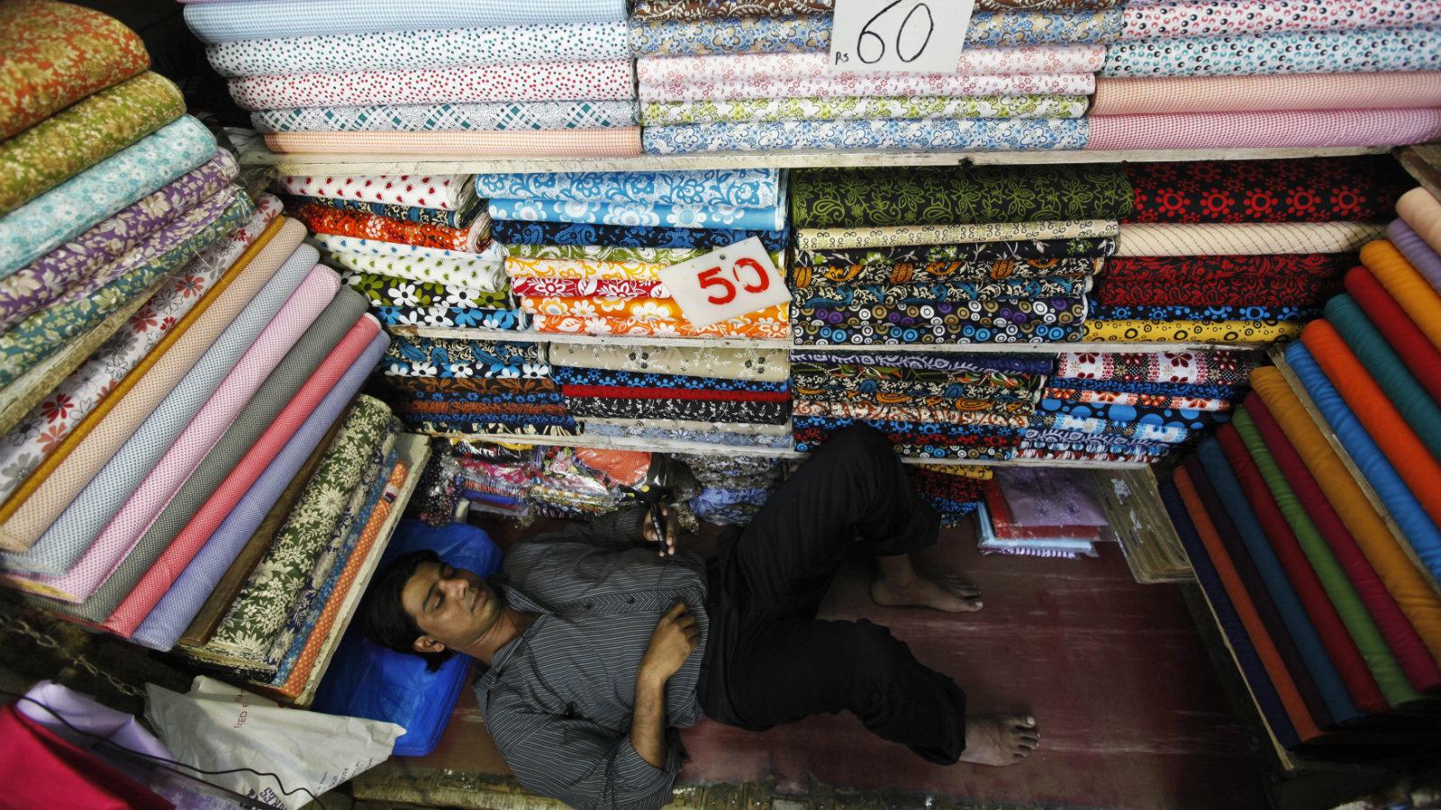 India-textile shop