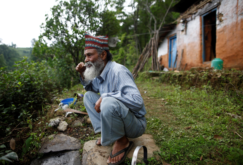 nepal-school-student-oldest