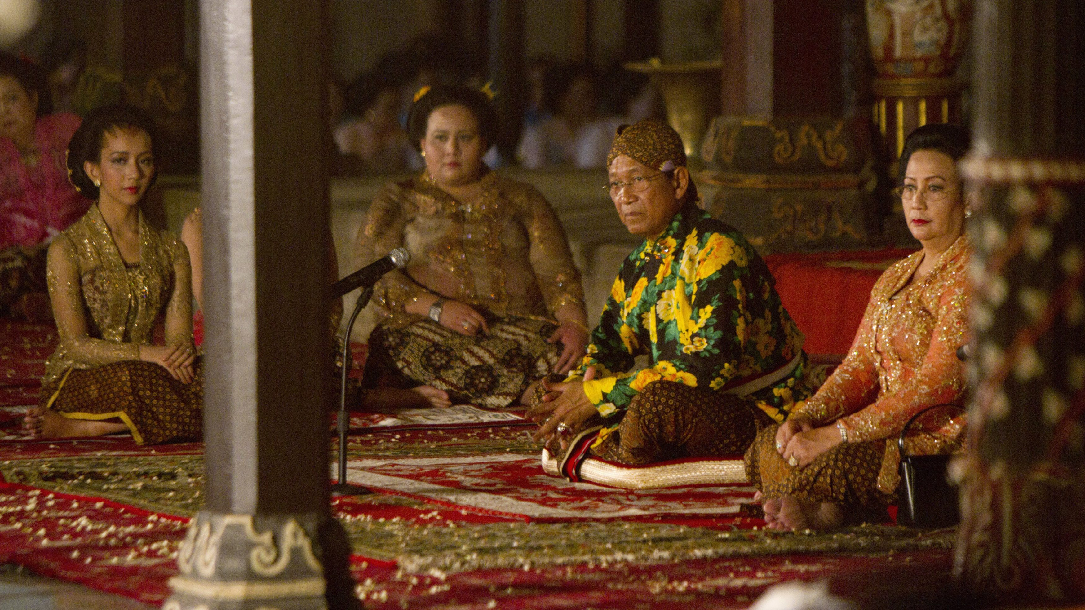 GKR Bendara, GKR Maduretno, Sultan Yogyakarta Hamengkubuwono X and his wife GKR Hemas sit on the floor during Tantingan ceremony the day before Bendara's wedding, at Yogyakarta Palace