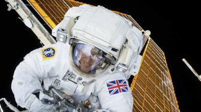 British astronaut Tim Peake is shown during his first spacewalk at the International Space Station in this NASA image tweeted on January 15, 2015. Peake became the first astronaut representing Britain to walk in space when he left the International Space Station (ISS) on Friday to fix a power station problem, generating huge interest back in his homeland. REUTERS/NASA/Handout via Reuters