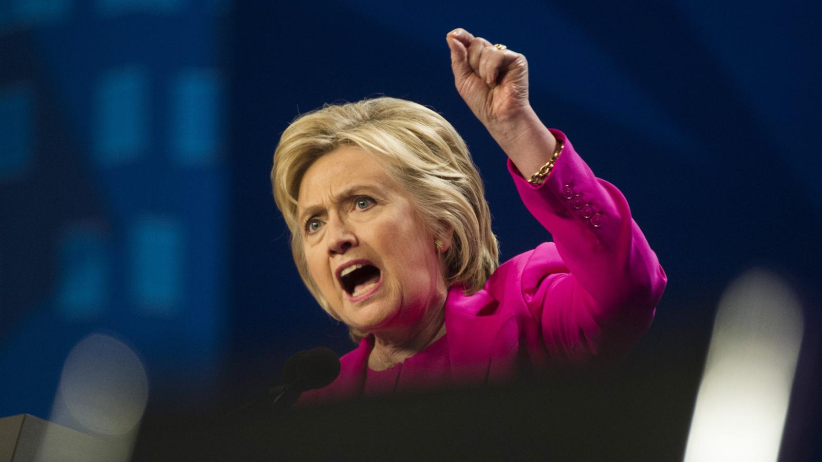 """In a satirical Medium post, """"Hillary Clinton"""" vents her righteous anger — Quartz"""
