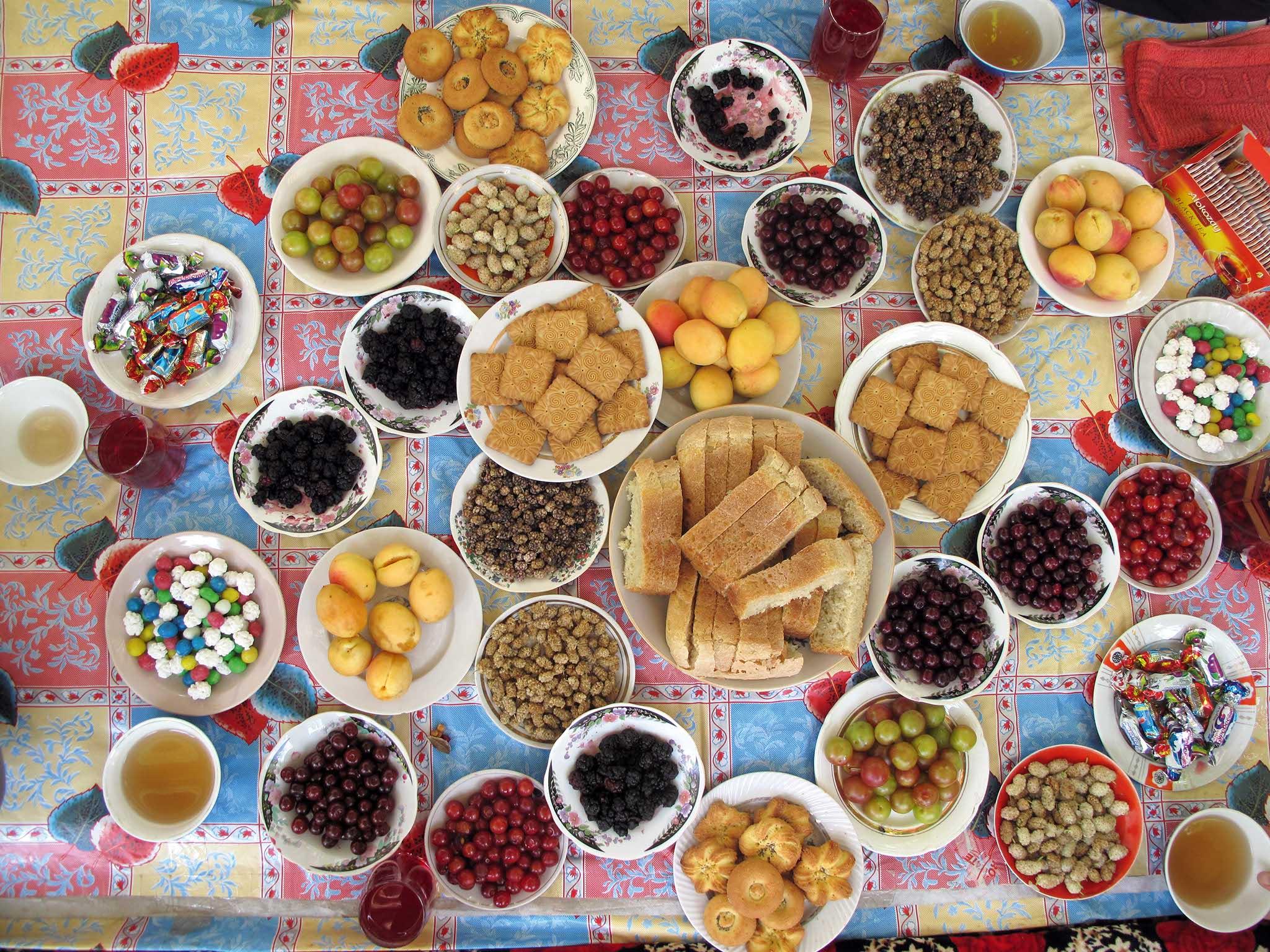 Pamir-Food-Mountains