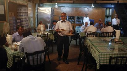 India-Food-Eating-Out-Restaurant