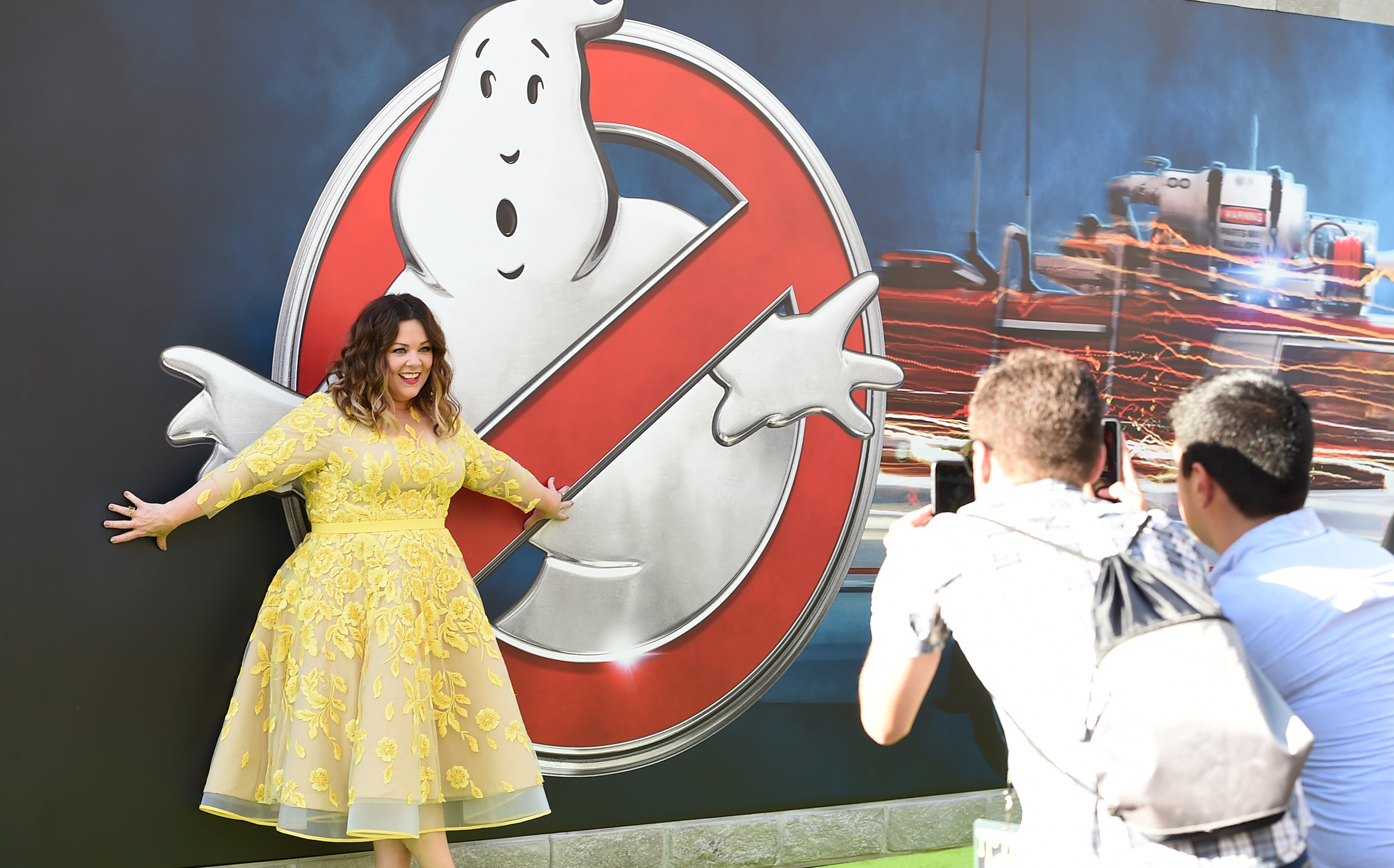 Melissa McCarthy is hardly the first female ghostbuster in the  game.