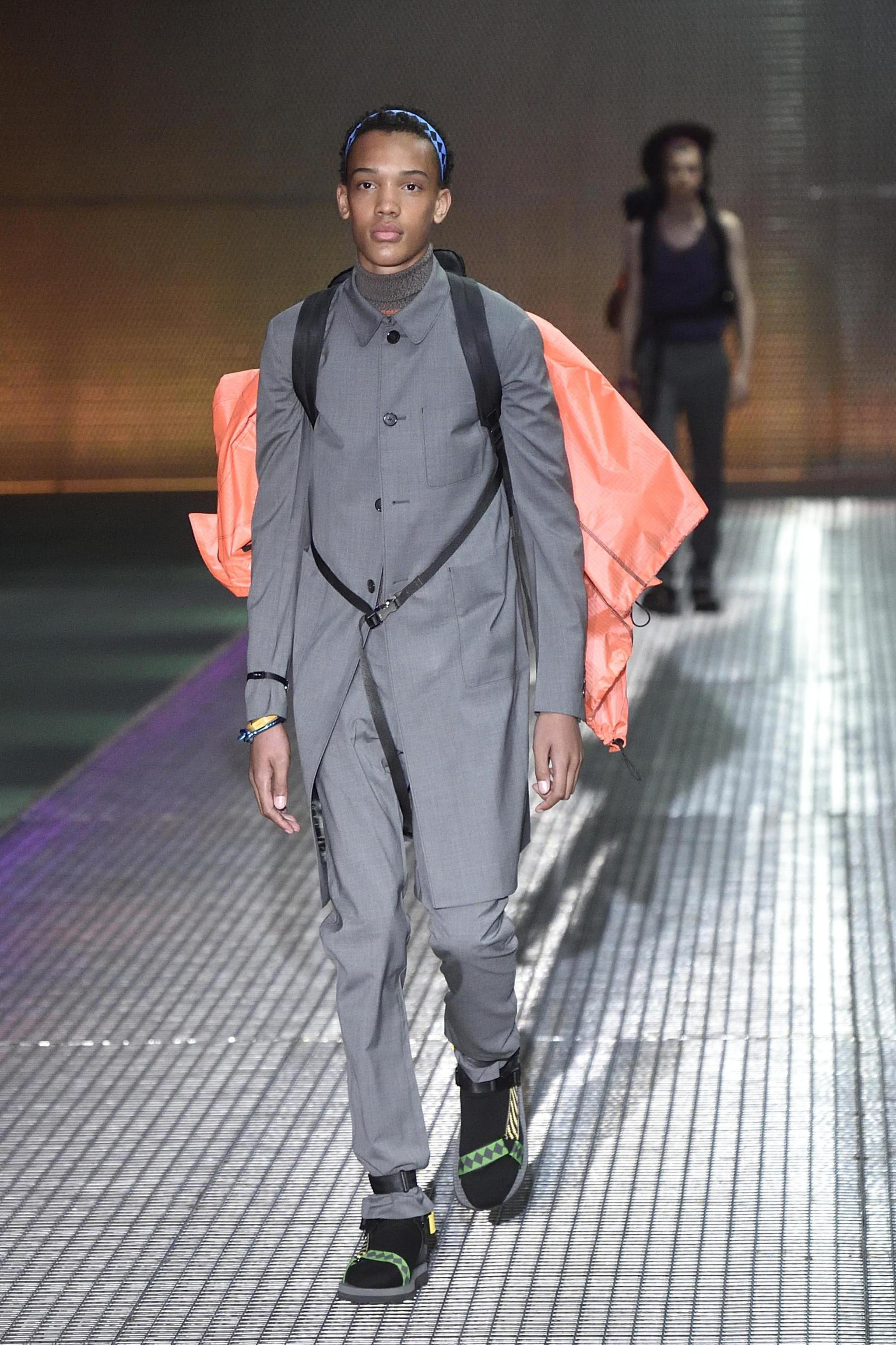A model presents a creation from the Spring/Summer 2017 Menswear Collection of Italian fashion house Prada during the Milan Men's Fashion Week, in Milan, Italy, 19 June 2016. The Milano Moda Uomo runs from 17 to 21 June. EPA/FLAVIO LO SCALZO