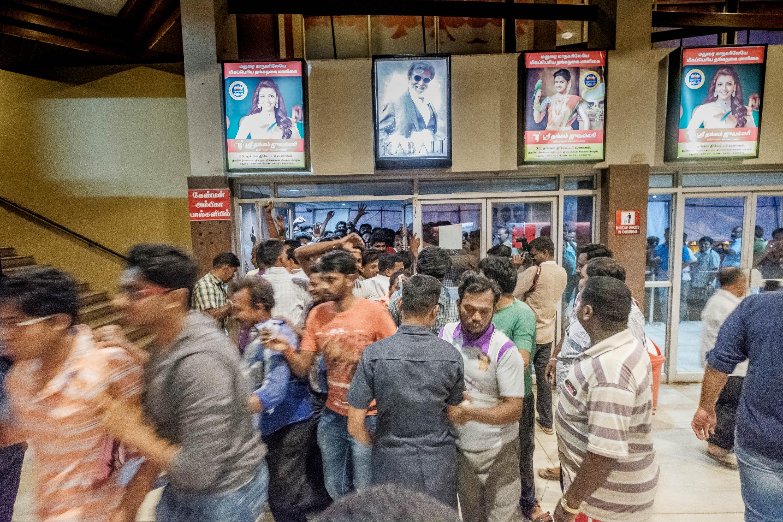 India-Rajinikanth-Kabali-Theatre