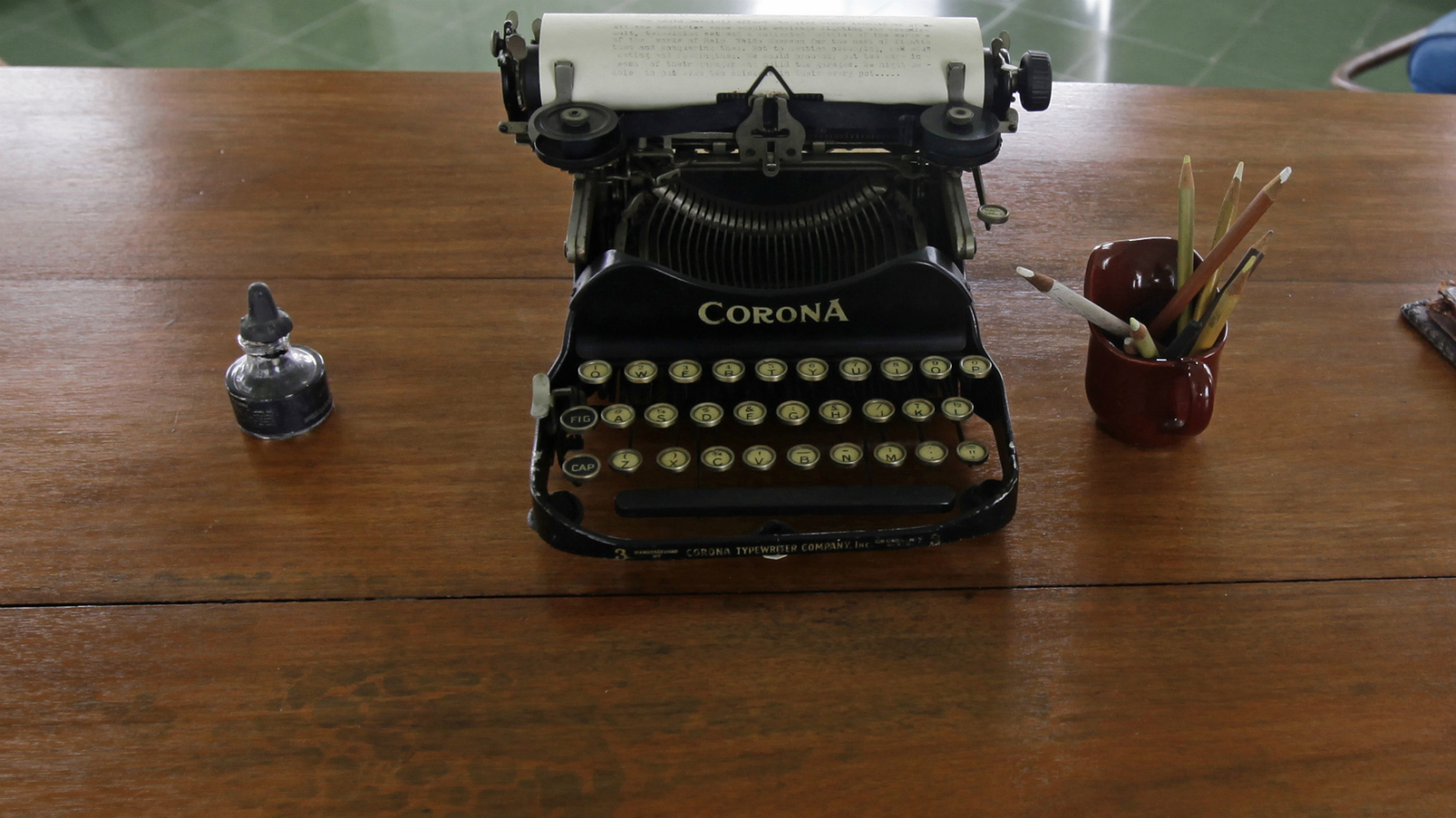 A typewriter is pictured on a table in a room of the home of late U.S. Nobel Prize-winning author Ernest Hemingway at Finca Vigia in Havana June 2, 2010. Different universities and institutions from the U.S. have helped renovate Finca Vigia, a Spanish style mansion on top of a hill over Havana where the writer lived and now can be visited as a museum.