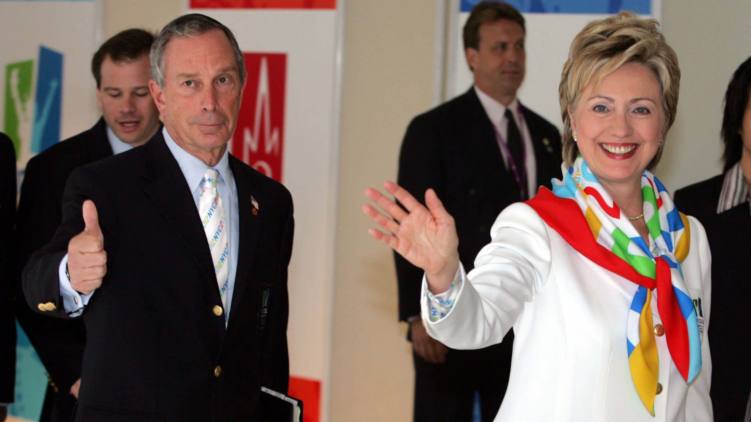 US Senator and former first lady Hillary Clinton and New York Mayor Michael Bloomberg arrive in Singapore.  U.S. Senator and former first lady Hillary Clinton (R) and New York Mayor Michael Bloomberg (L) arrive at the opening of the 117th International Olympic Committee session to make the New York City bid for the 2012 Olympic games in Singapore July 6, 2005. Paris, London, New York City, Madrid and Moscow are competing to win the right to host the 2012 Summer Olympic Games in an IOC vote which will be held in Singapore on Wednesday.