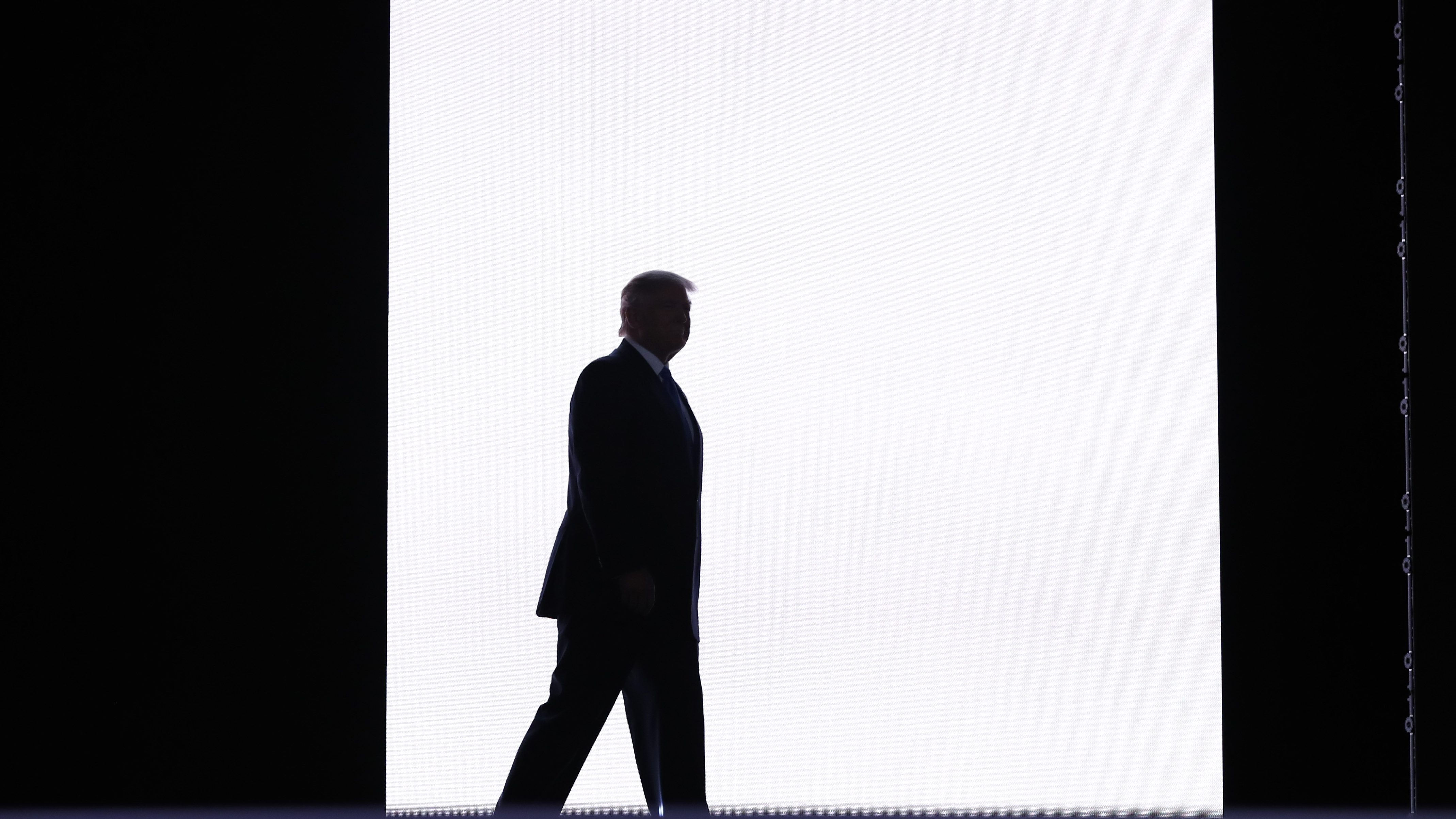 Republican U.S. presidential candidate Donald Trump appears onstage to introduce his wife Melania at the Republican National Convention in Cleveland, Ohio, U.S. July 18, 2016.  REUTERS/Mark Kauzlarich - RTSIMCQ