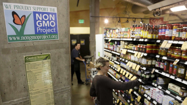 GMO labeling comes to a head.