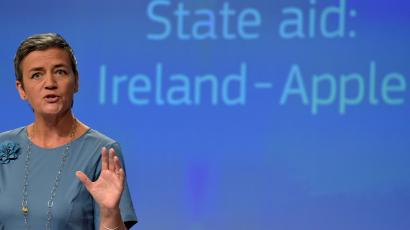 EU Commissioner Vestager gestures during a news conference on Ireland's tax dealings with Apple Inc at the EC in Brussels