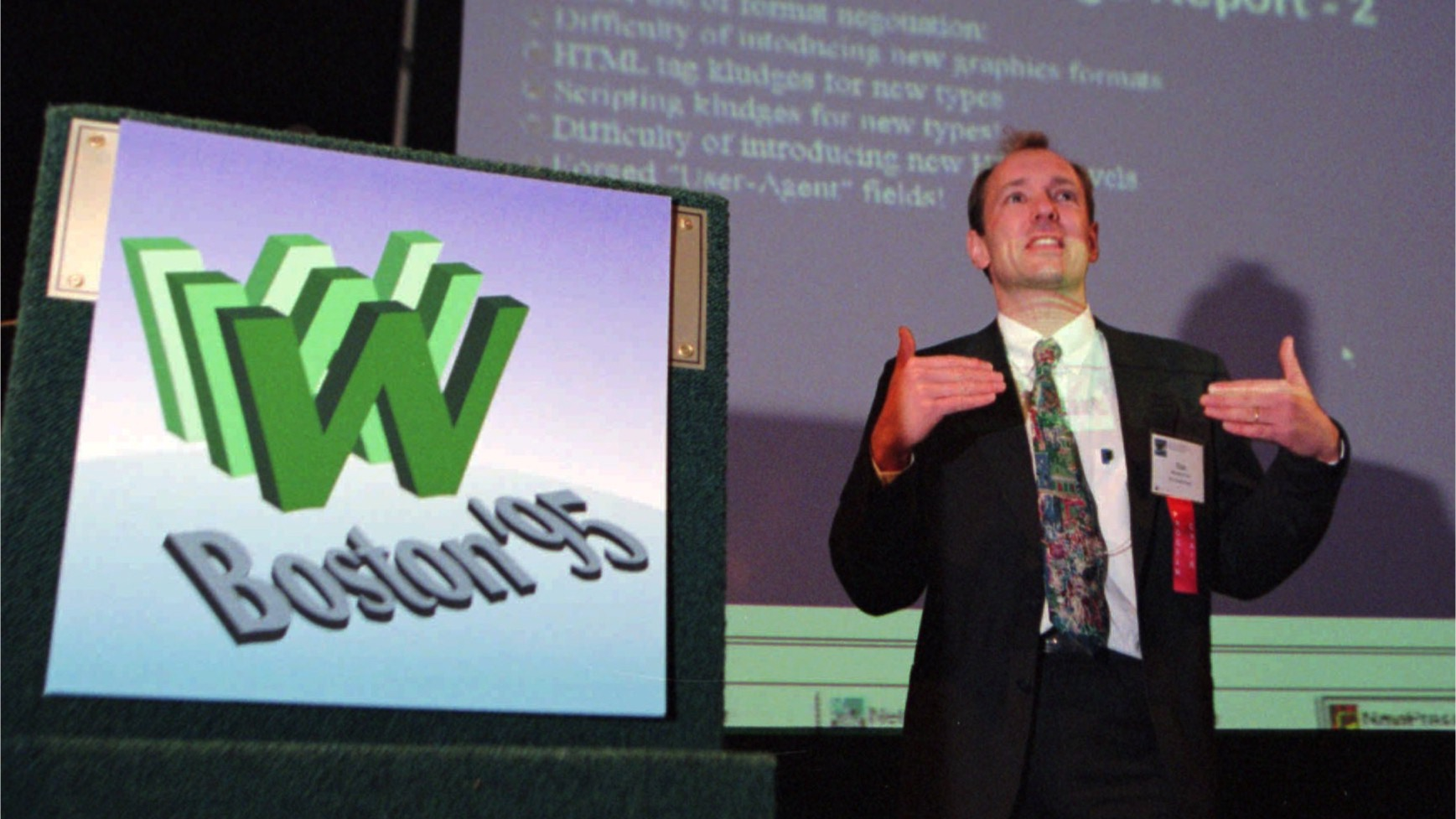 Tim Berners-Lee, inventor of the World Wide Web, address a crowd at the 4th international World Wide Web Conference in Boston Tuesday, Dec. 12, 1995.  The conference brought together 3,000 academic and corporate programmers that collaborate on technical standards.  (AP Photo/Jim Rogash)