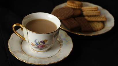 tea,biscuits