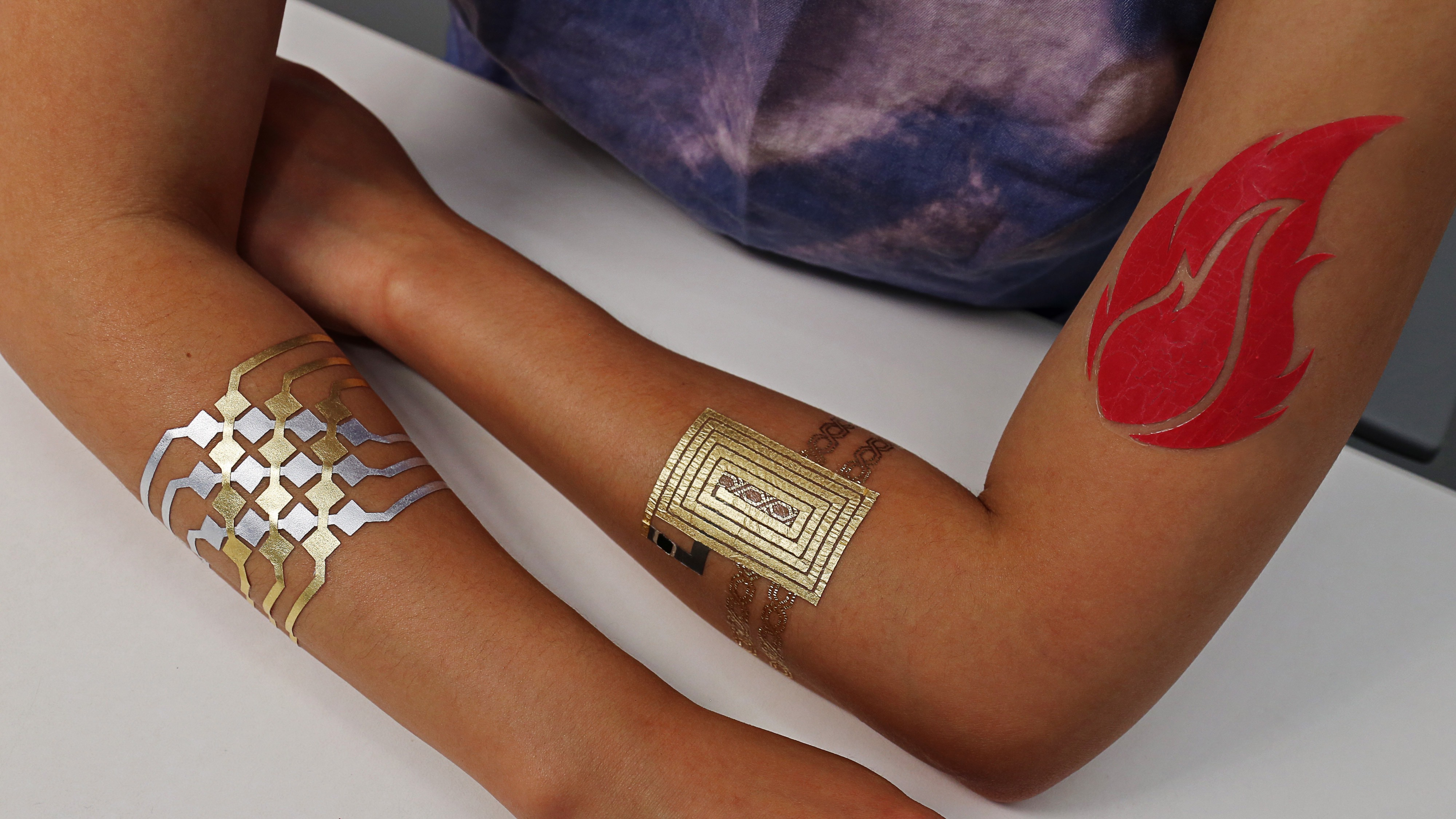 MIT shows off a smart tattoo that can turn your skin into a touchpad