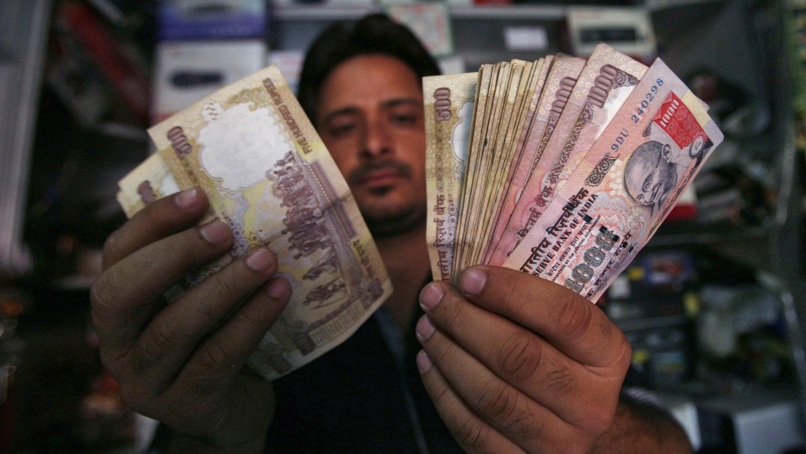 india-banks-savings-stock