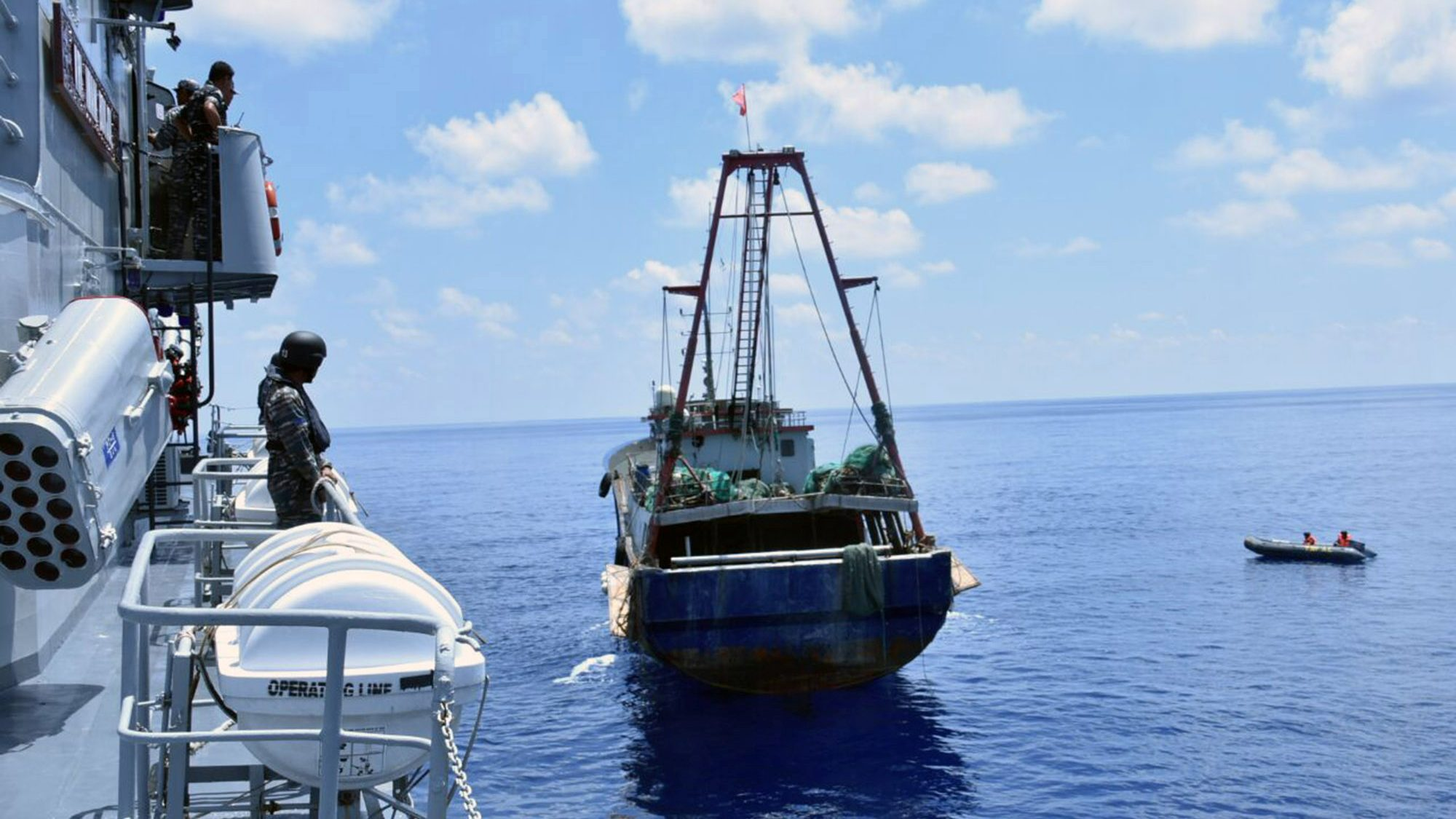 In a threat to China, Malaysia says it will sink illegal fishing
