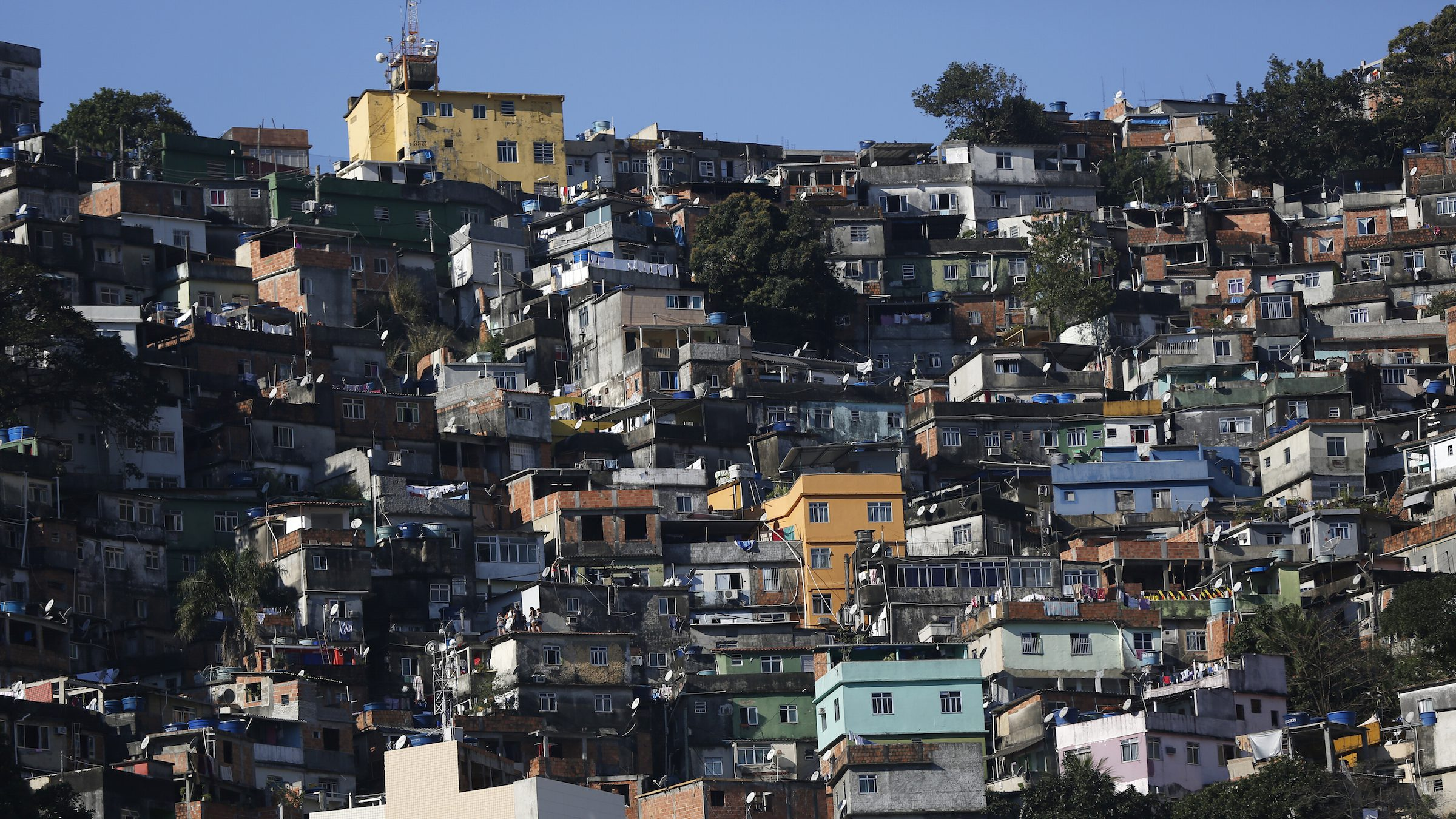 "A general view of the Rocinha favela, one of the slums that was included in the ""police pacification unit"" program that began in 2008, in Rio de Janeiro, Brazil, July 24, 2016. Picture taken July 24, 2016. REUTERS/Bruno Kelly - RTSL1TX"