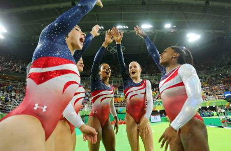2016 Rio Olympics - Artistic Gymnastics - Final - Women's Team Final - Rio Olympic Arena - Rio de Janeiro, Brazil - 09/08/2016. (L-R) Alexandra Raisman (USA) of USA (Aly Raisman), Laurie Hernandez (USA) of USA, Gabrielle Douglas (USA) of USA (Gabby Douglas), Madison Kocian (USA) of USA and Simone Biles (USA) of USA celebrate winning gold in the women's team final. REUTERS/Mike Blake FOR EDITORIAL USE ONLY. NOT FOR SALE FOR MARKETING OR ADVERTISING CAMPAIGNS. - RTSM8BI