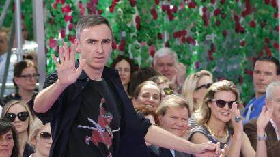Belgian designer Raf Simons appears at the end of his Haute Couture Fall Winter 2015/2016 fashion show for French fashion house Christian Dior in Paris, France, July 6, 2015. REUTERS/Stephane Mahe