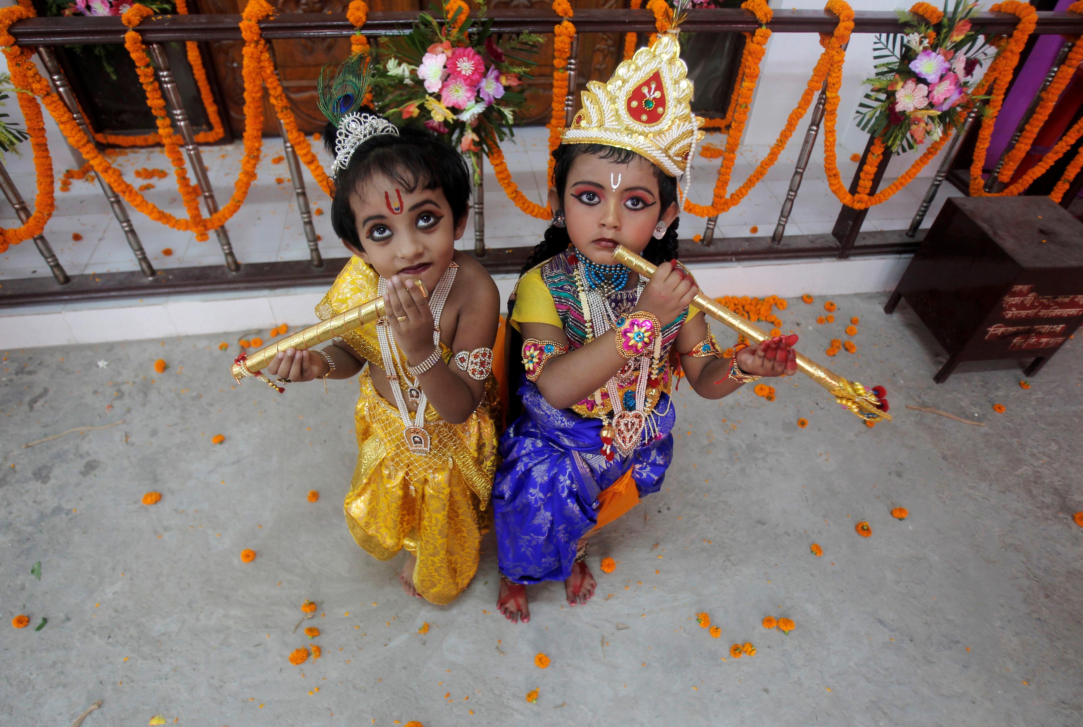 india-krishna-celebrations