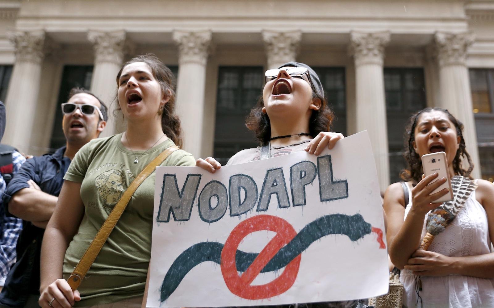Oil Pipeline Protests Illinois
