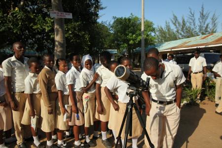 In the last 2 years, The Traveling Telescope has reached more than 30,000 children, in more than 100 schools, in Kenya and Tanzania.