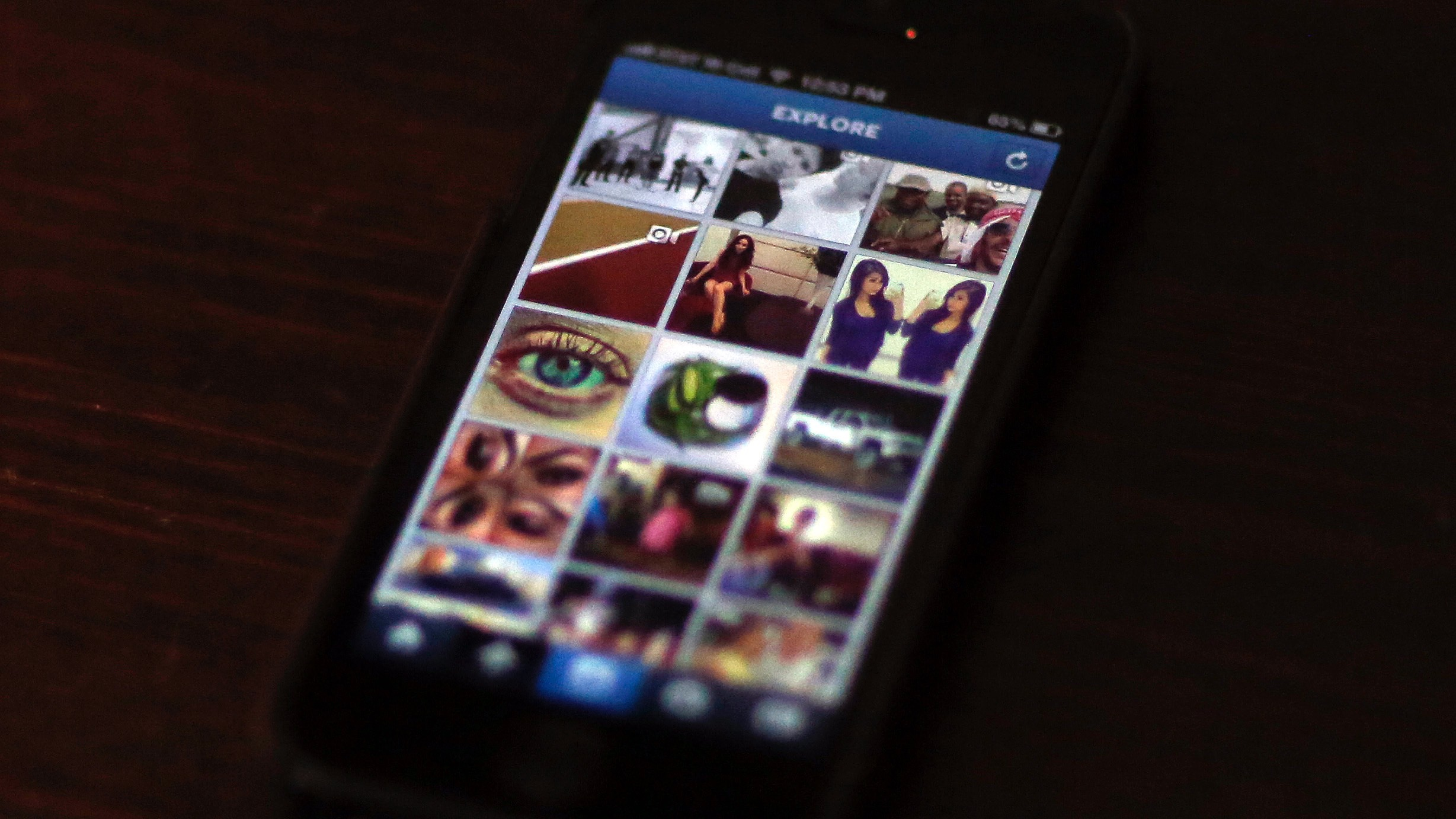 """A most popular Instagram page is displayed on a mobile device screen in Pasadena, California August 14, 2013. Researchers with RSA security have learned that Zbot, one of the world's biggest botnets is creating fake Instagram accounts and selling bundled followers and """"likes"""" at rates that are much higher than what it charges for credit card numbers.  REUTERS/Mario Anzuoni  (UNITED STATES - Tags: ENTERTAINMENT) - RTX12MAZ"""