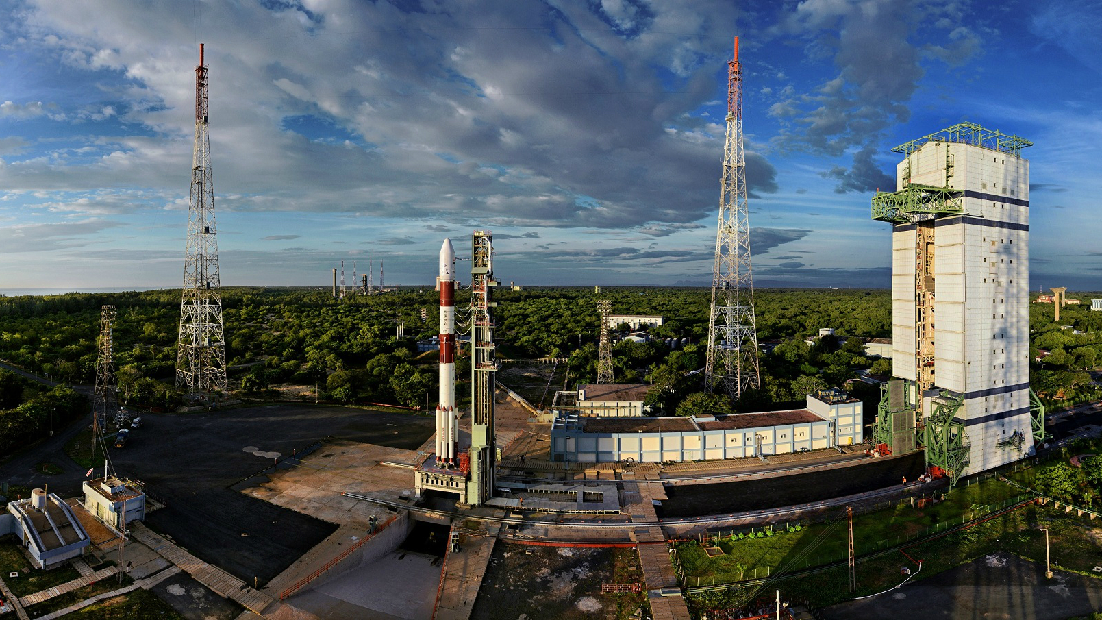 PSLV-C35 at launch pad