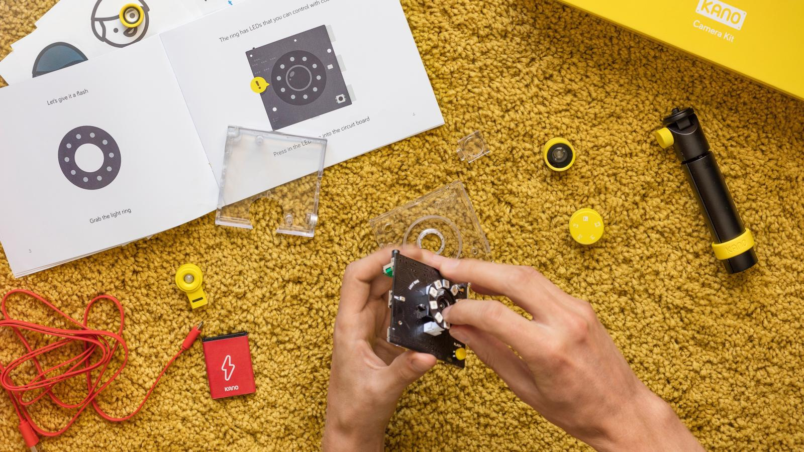 Computer Kit Maker Kano Is Releasing Diy Camera Speaker And Pixel The Circuit Above A Light Sensor That Means Must Shine Into Kits Quartz