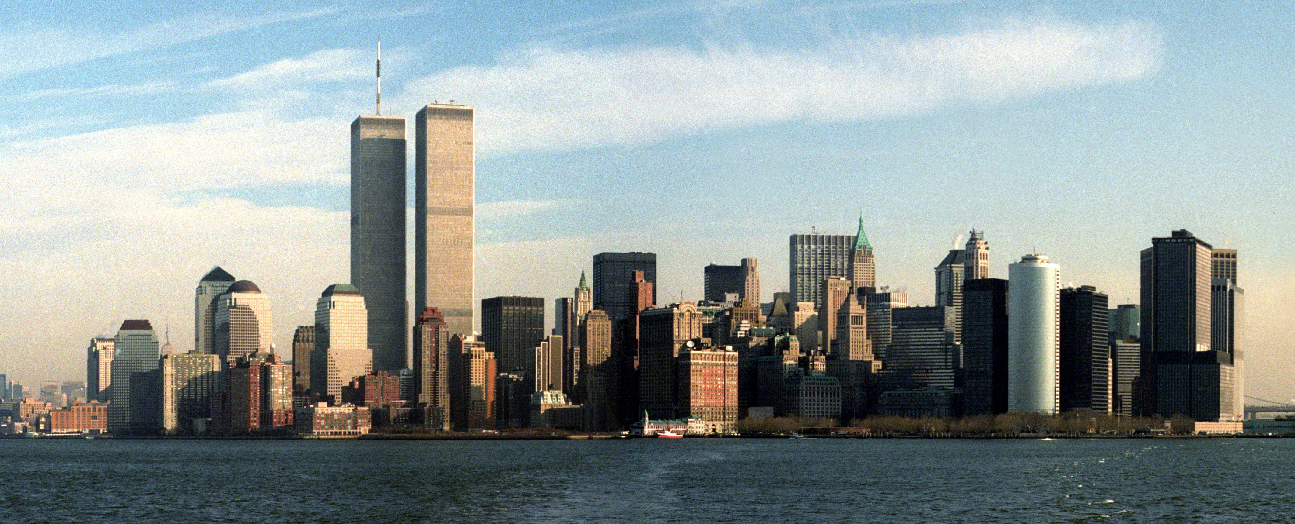 world trade center in new york before september 9 11 happened in photos quartz. Black Bedroom Furniture Sets. Home Design Ideas