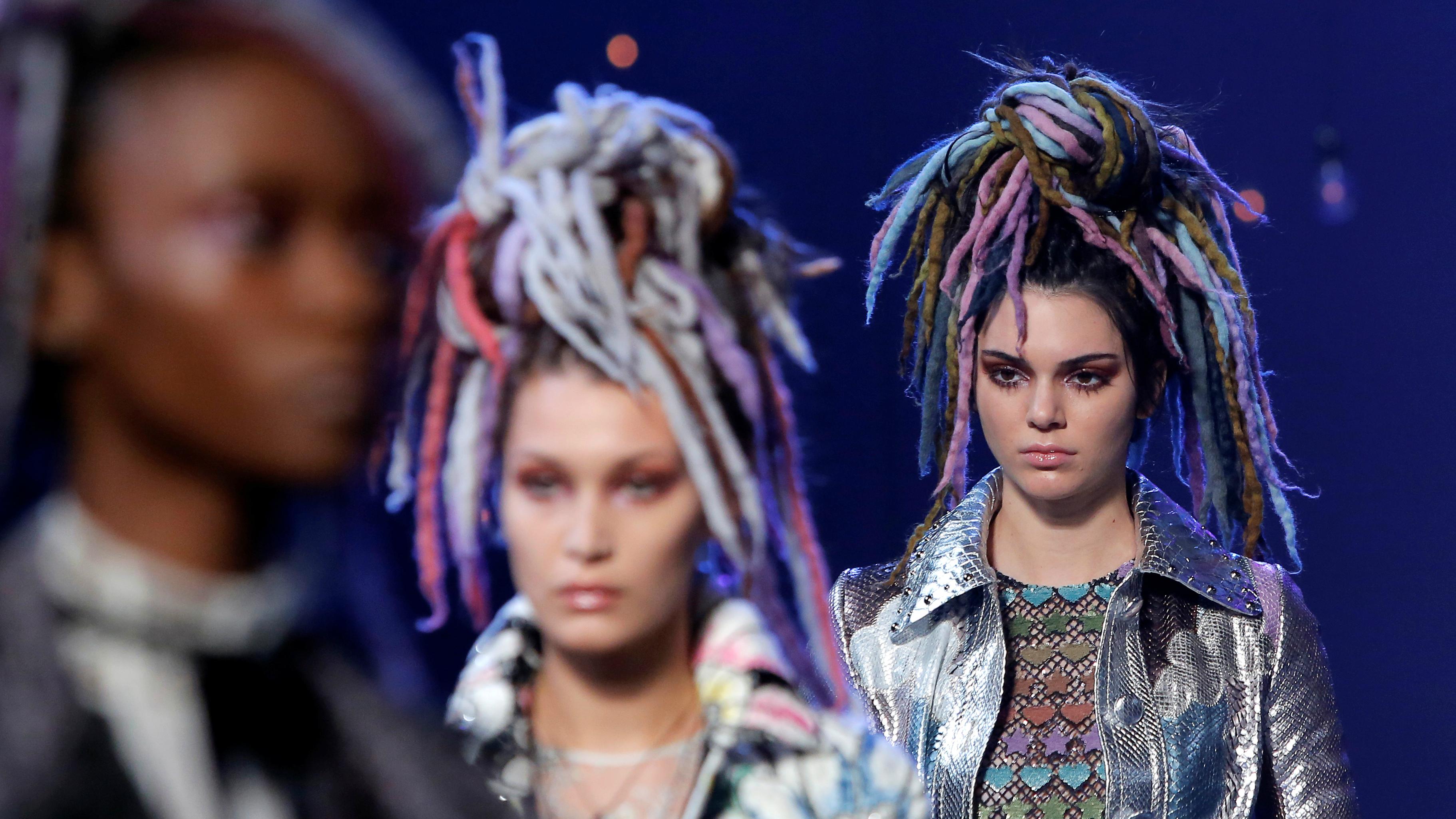 New York Fashion Week 2016 On Marc Jacobs Those Rainbow